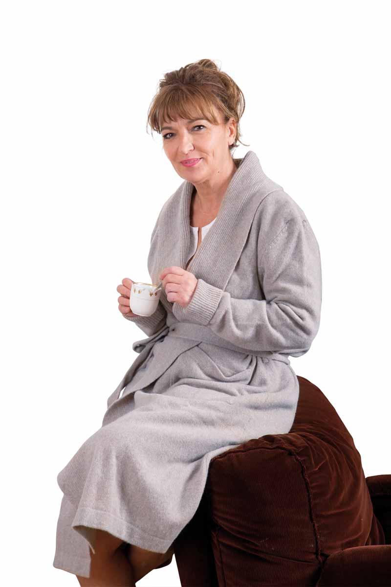 robe de chambre laine femme crois e miss gle fabricant. Black Bedroom Furniture Sets. Home Design Ideas